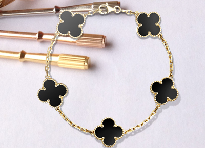 Clover Replica Van Cleef Arpels Alhambra Bracelet Simple Yet