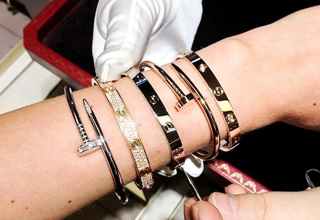 Cartier love bangle fake is usually a requirement, appreciate is luxury?
